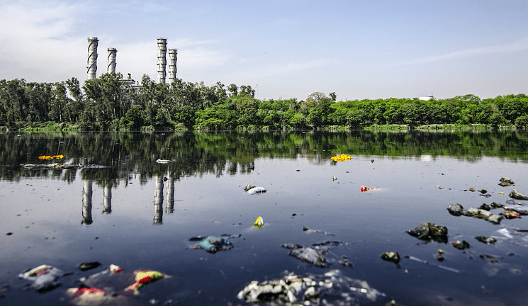 Cellular Connectivity Enables IoT Monitor to Fight Water Pollution on Global Scale